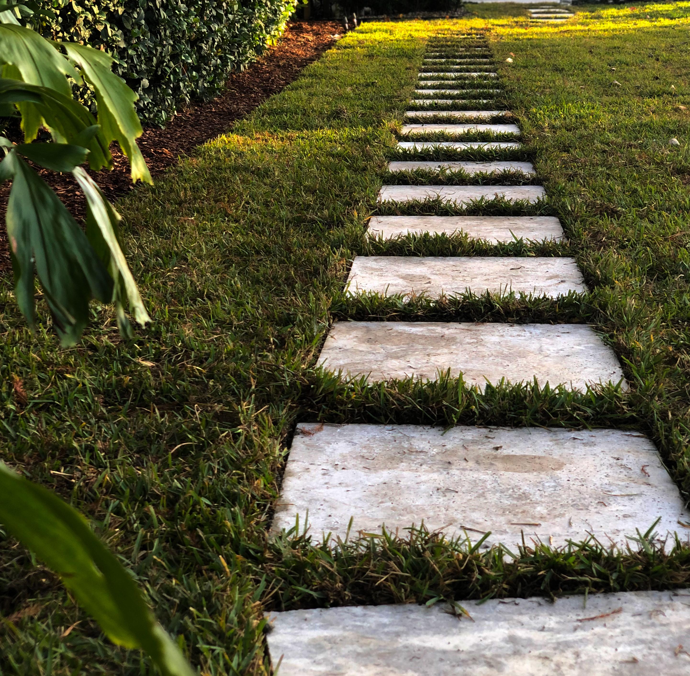 Travertine Walkway Image